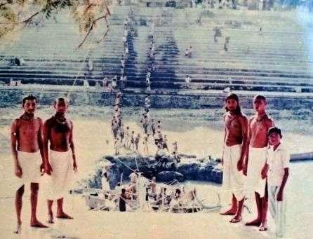 Бахулаштами - день явления Радха-кунды и Шьяма-кунды